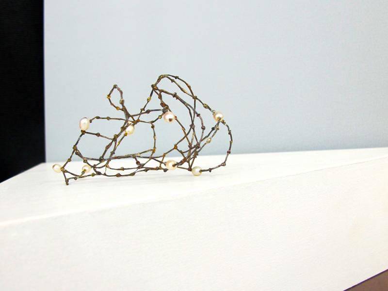 Nolia Shakti, Object, 2016, object, steel nails, silver, freshwater pearls, 85 x 70 x 40 mm, photo: artist