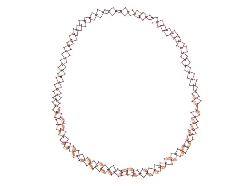 Nolia Shakti, Pink Nails, 2015, necklace, 8-mm steel nails, silver, freshwater pearls, epoxy, 8 x 8 x 550 mm, photo: artist