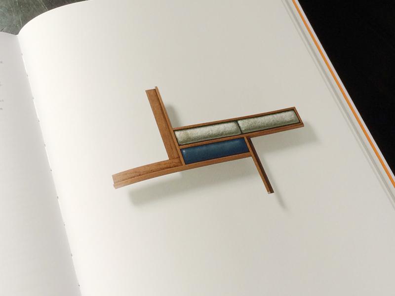 Angelika Nollert (ed.), Untitled. Thomas Gentille. American Jeweler (Munich/Stuttgart: Die Neue Sammlung—The Design Museum/Arnoldsche Art Publishers, 2016)