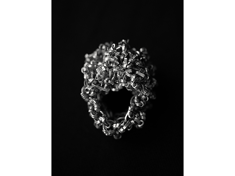 Betsy Lewis, Cluster Ring, 2020