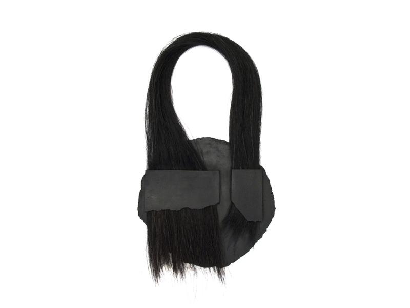 Agnes Larsson,Carbo, 2011, carbon, horsehair, 400 x 180 x 10 mm, photo:artist