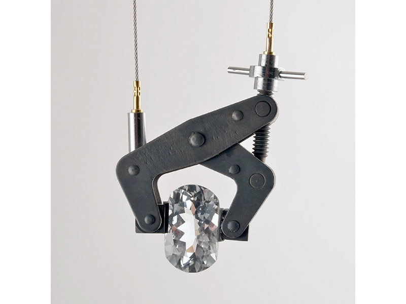 Sigurd Bronger, Carrying Device for a White Topaz, 2018