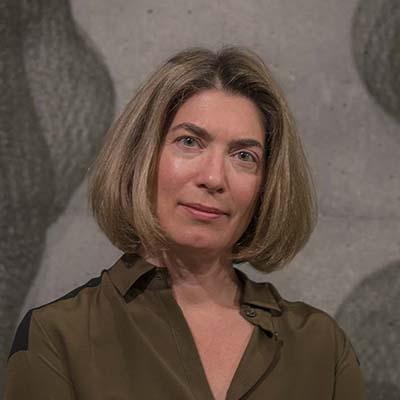 Claudia Schmuckli