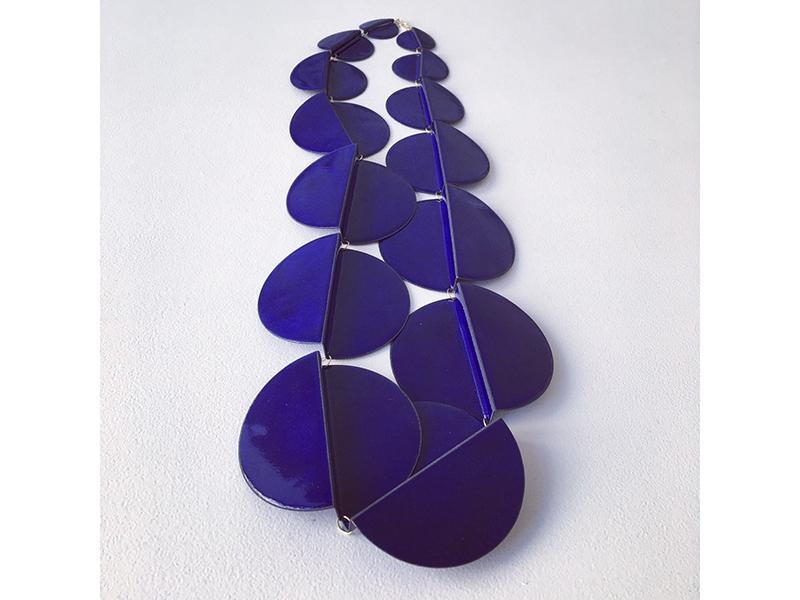 Helen Friesacher, Collier 14 Circles