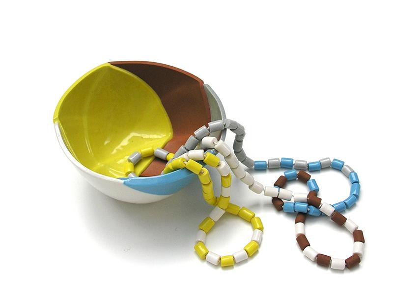 Manon van Kouswijk, Beads & Pieces II