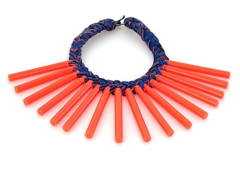 Silke Spitzer, Neon Picks Collar