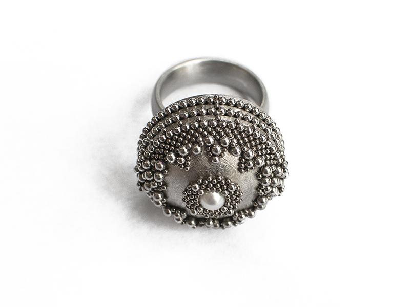 Benjamin Dory, Pearl Ring